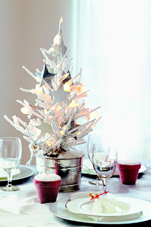 Christmas centerpiece ideas: white tree