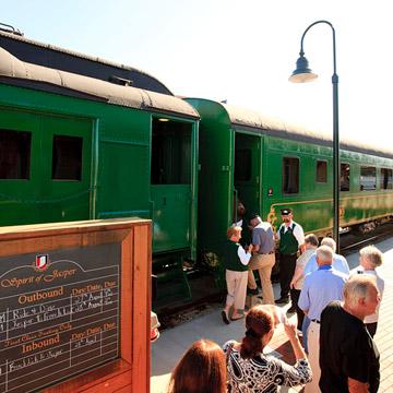 """""""Spirit of Jasper"""" train"""