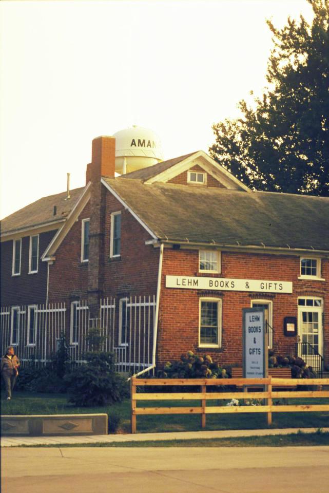 Iowa: Amana Colonies (Plus!)