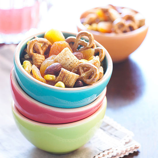 Chili Corn Snack Mix