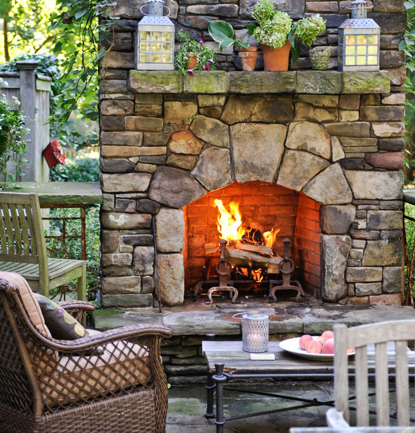 Midwest Living Idea House 2003: 20 Outdoor Fireplace Ideas