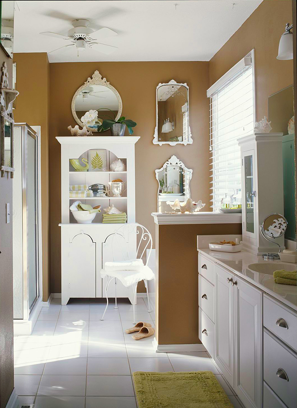Go with freestanding storage