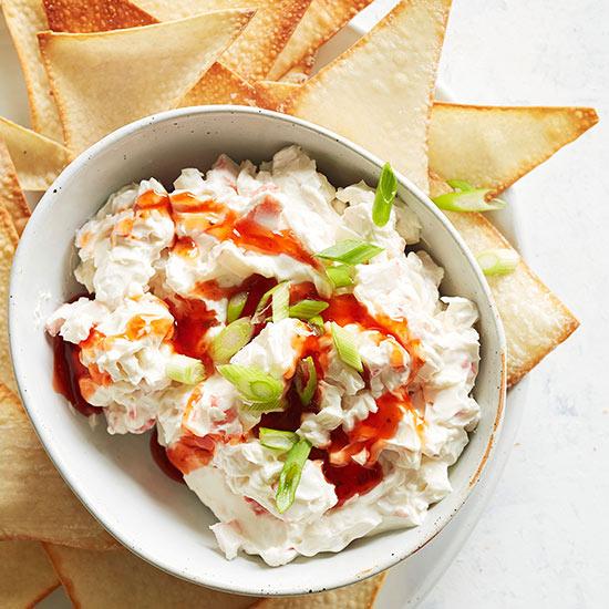 Creamy Crab Rangoon Dip with Wonton Chips