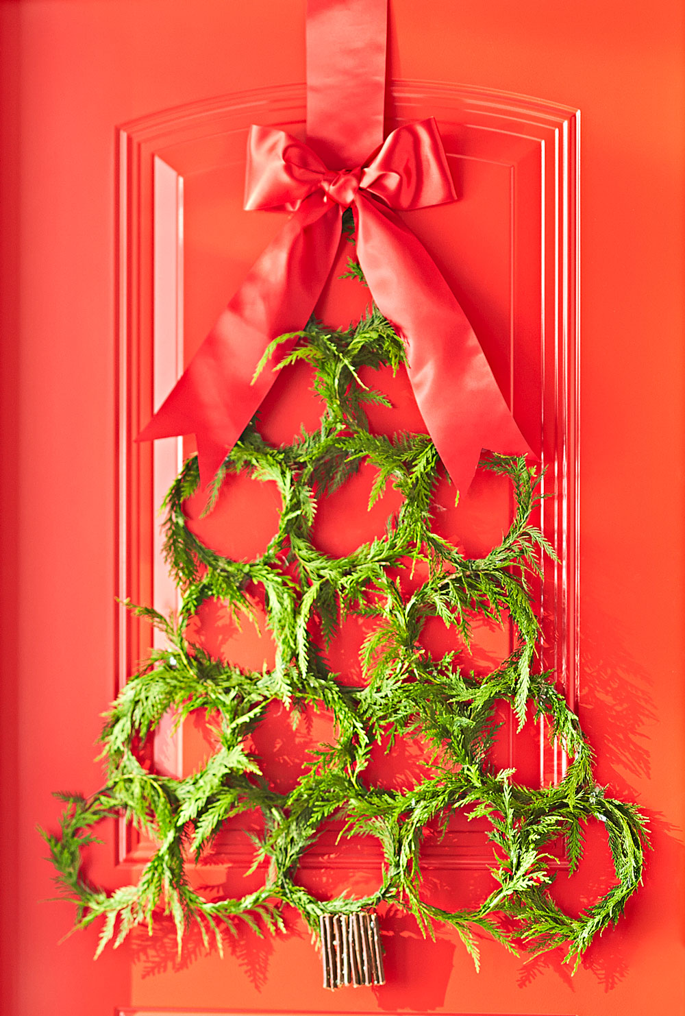 9 Clever And Cheap Diy Christmas Tree Alternatives Midwest Living