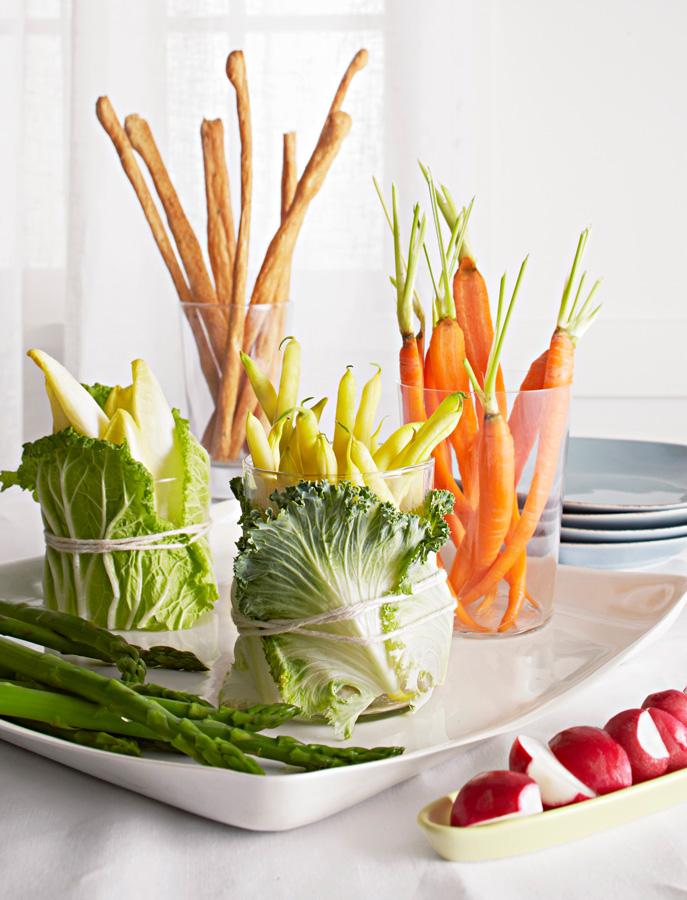 Vegetables with breadsticks