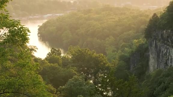 60-Second Tour: The Ozarks, Missouri