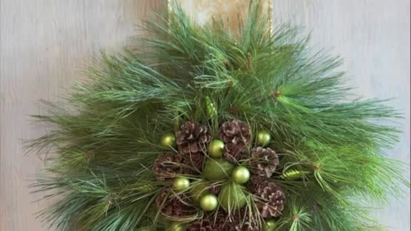 One-Minute Inspiration: Christmas Wreaths