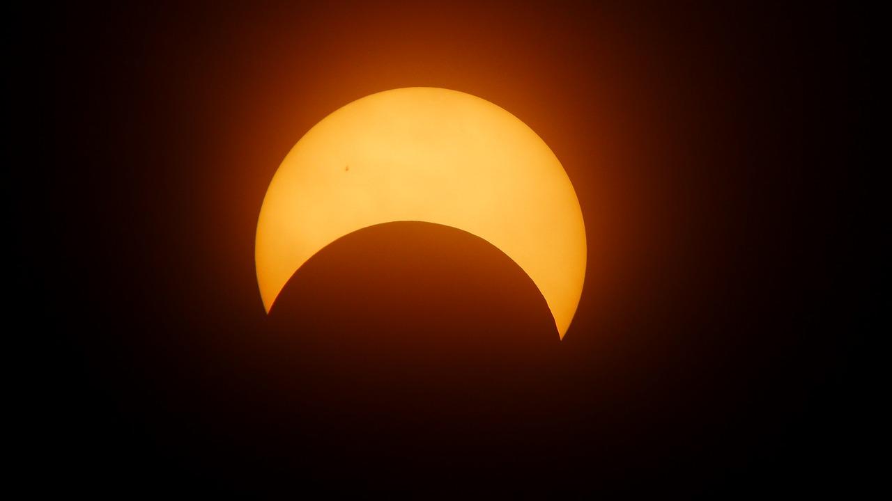 eclipse-1871740_1280