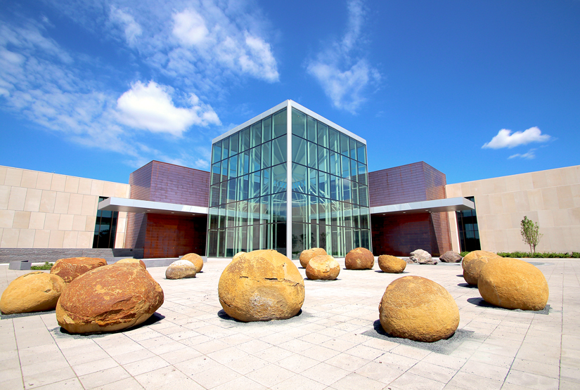 North Dakota Heritage Center Exterior