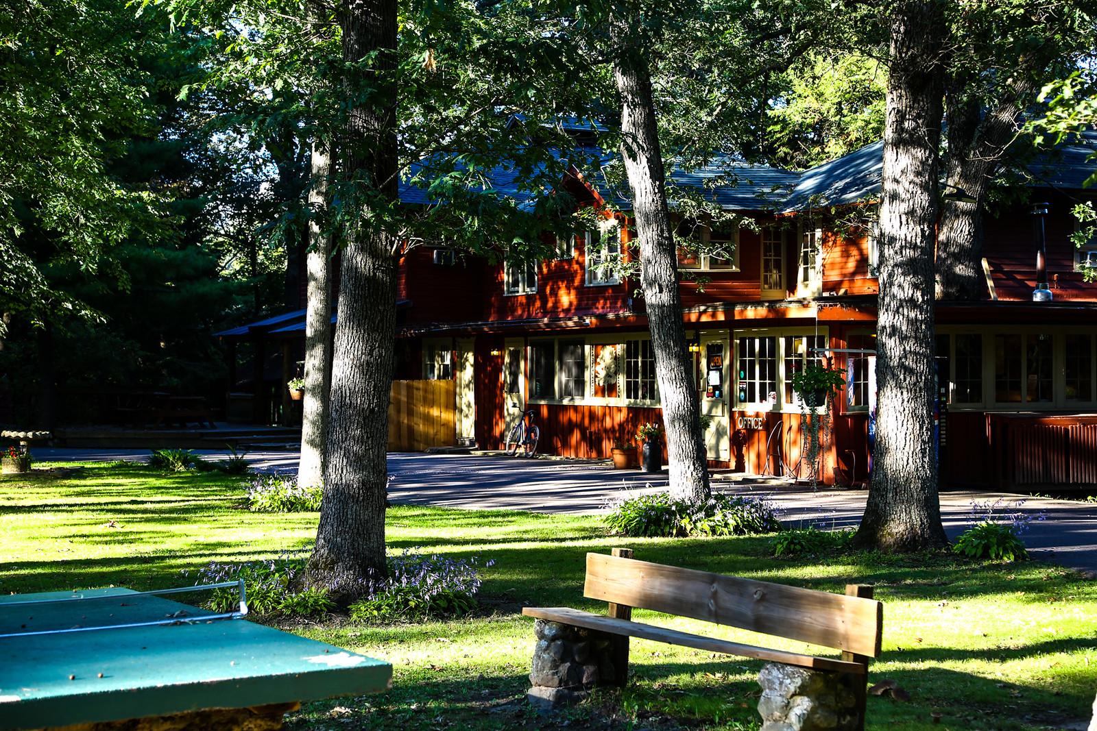 Photo courtesy of Birchcliff Resort