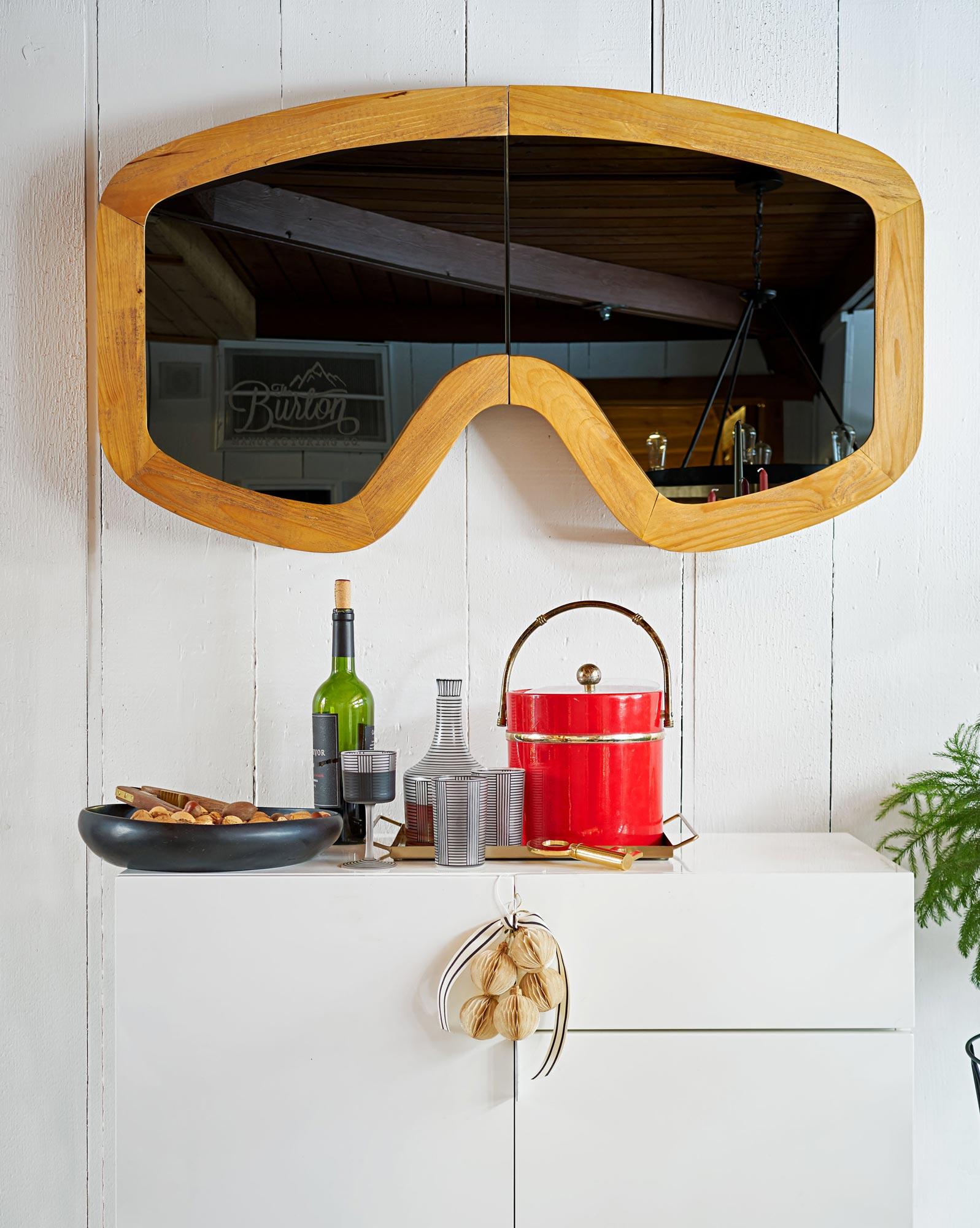 Ski-goggle mirror