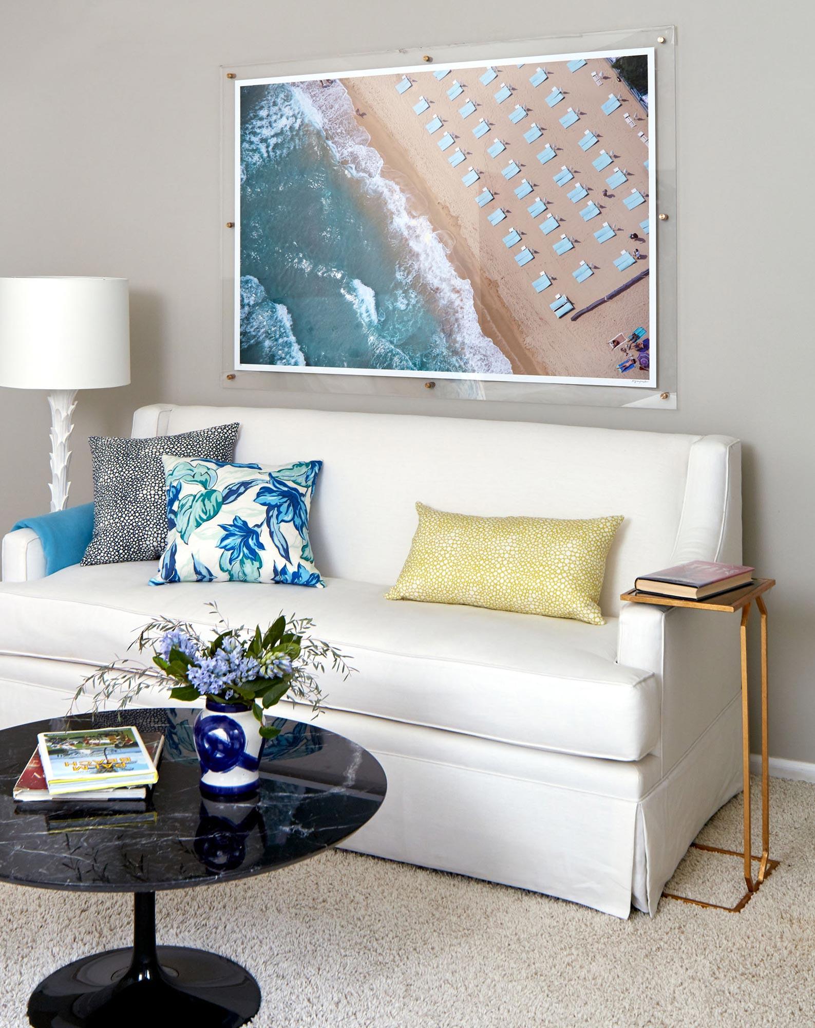 Bek master bedroom DIY frame