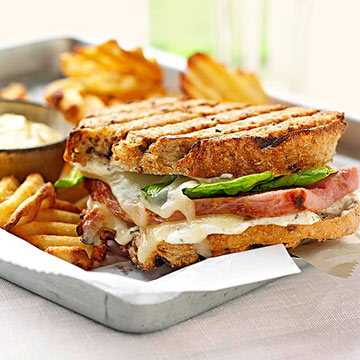 Smokin' Grand Slam Ham Grilled Sandwiches