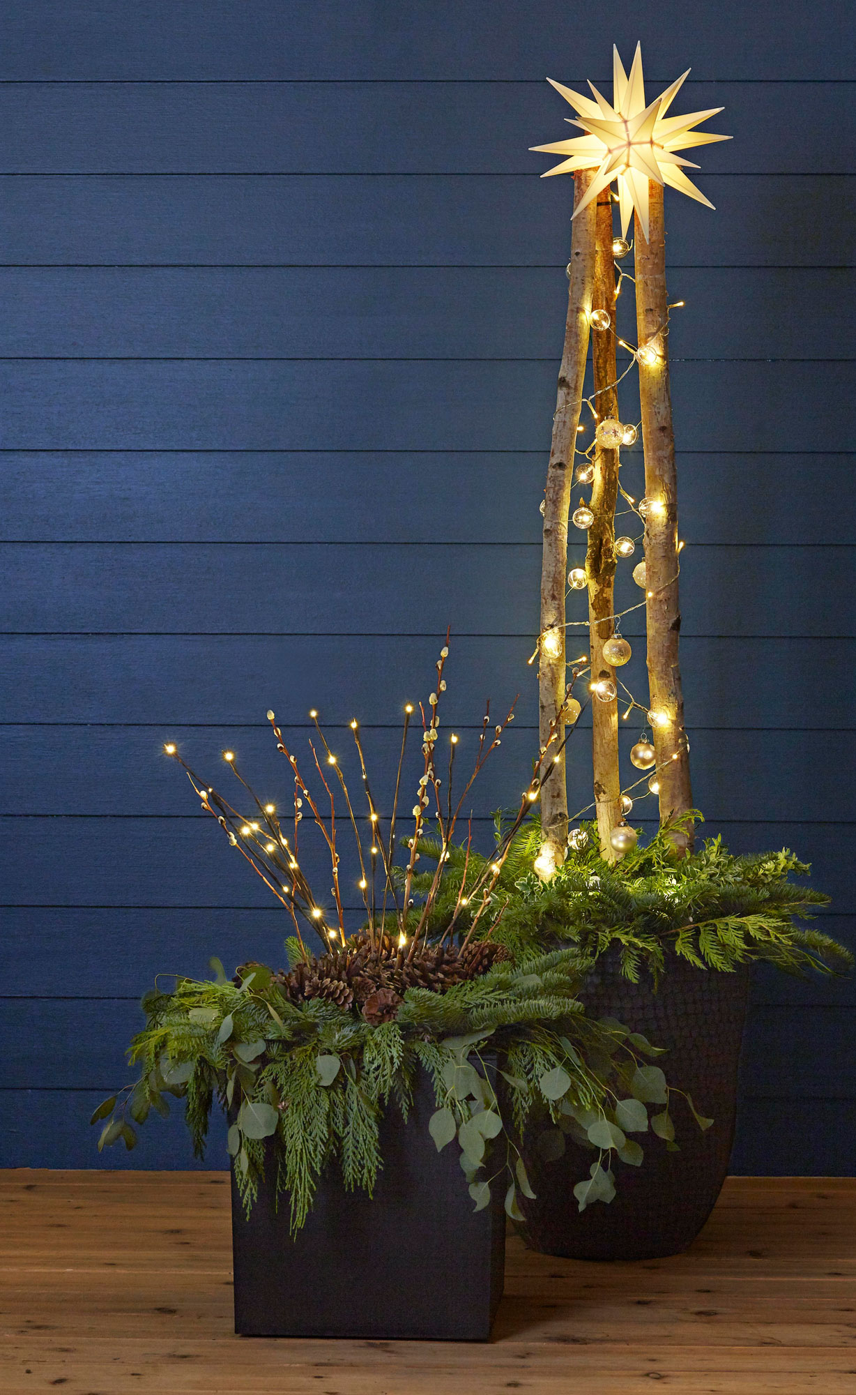 Winter front porch arrangement