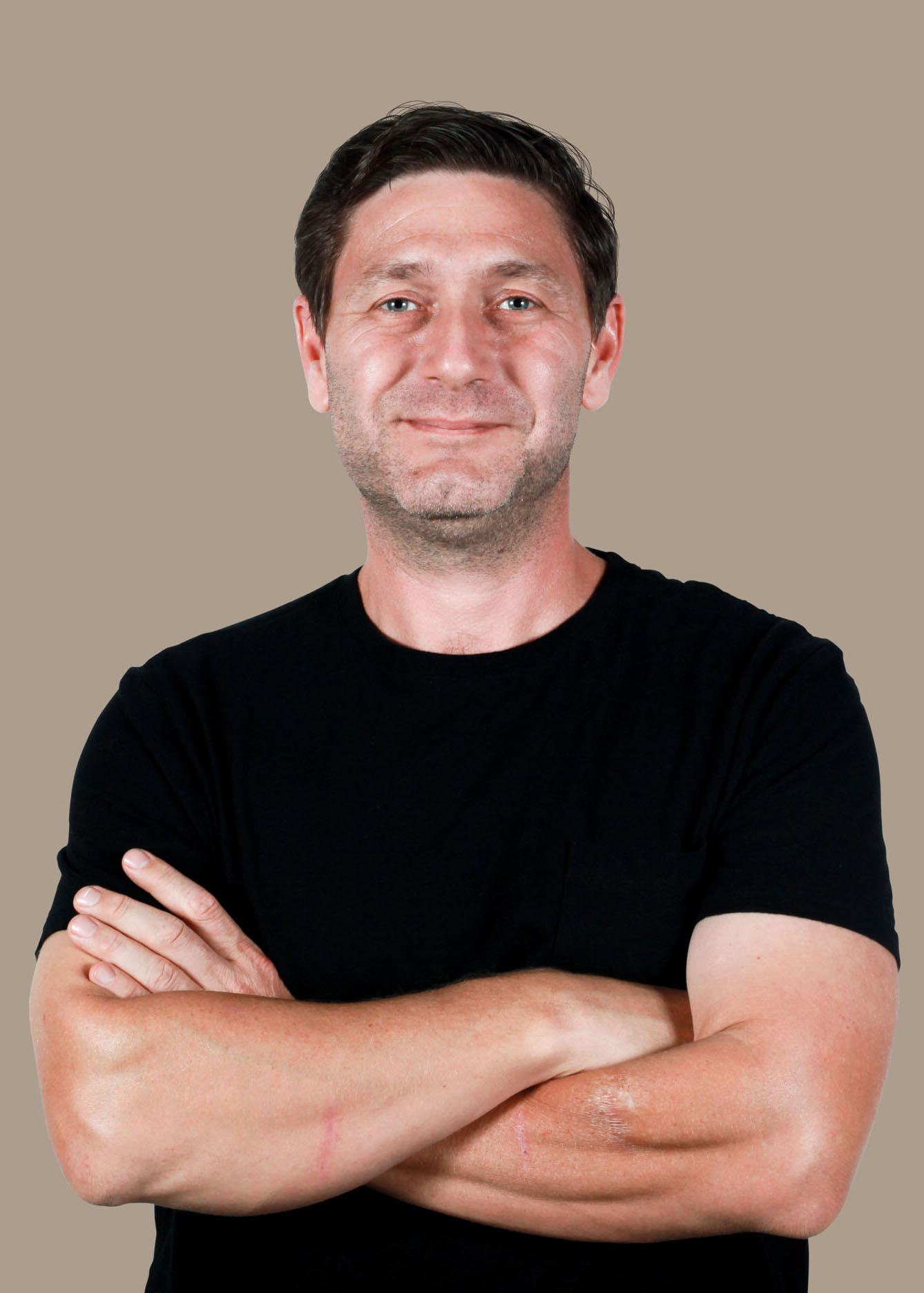 Lou Ginnochio headshot