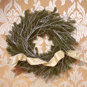 flocked-branches-wreath.jpg