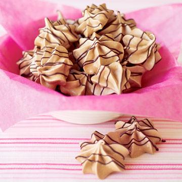 Cocoa Meringues