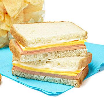 101596595_sandwich.jpg