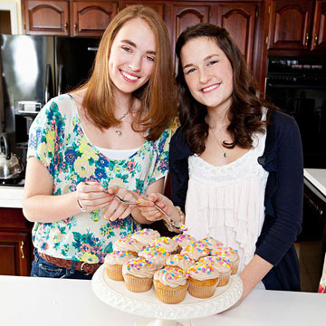 Cupcakes for a Cause: Teens Who Bake for Charity