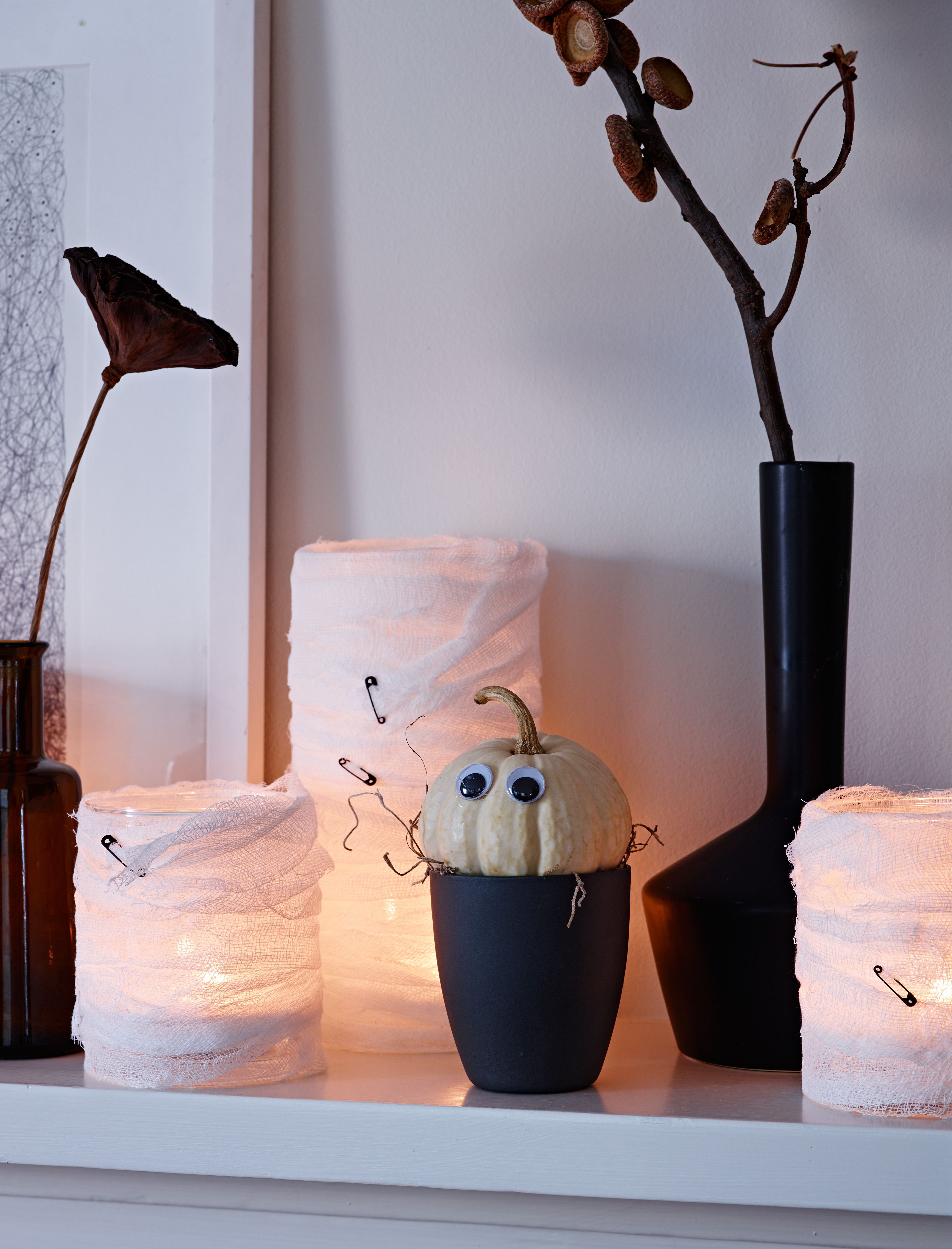 mummy-lanterns.jpg