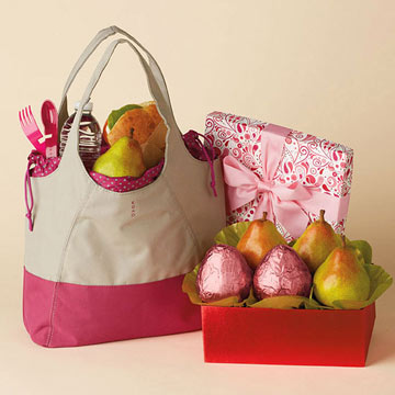 Harry-and-David-Pink-Pear-Tote-Gift.jpg