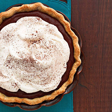 Kitchen Basics: How to Make Piecrust