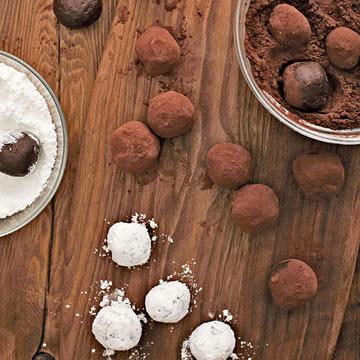Kitchen Basics: How to Make Truffles