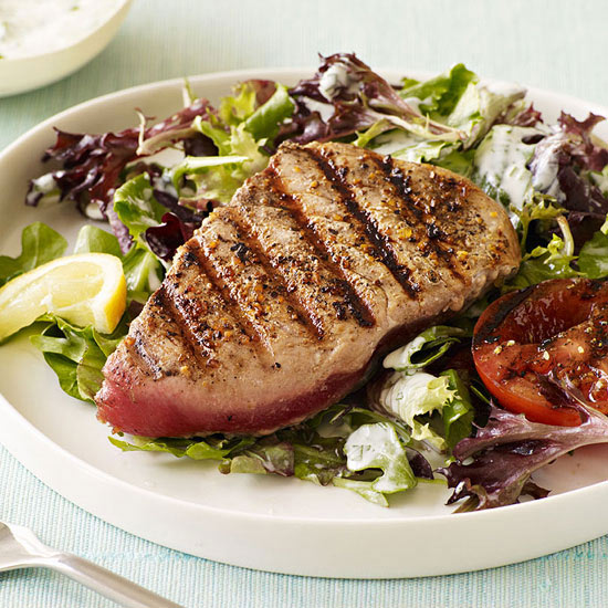 Grilled Tuna Salad with Garden Dressing