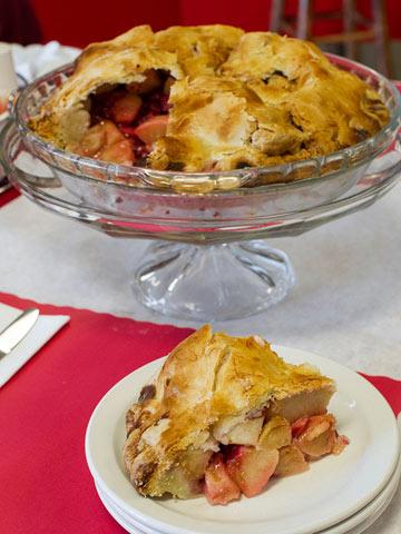 Cranberry-Apple-Slice-with-Pie.jpg