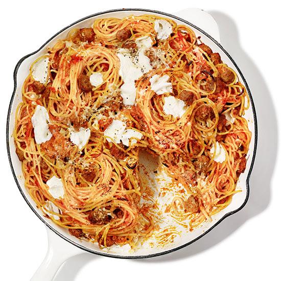 Spaghetti and Meatball Skillet Pie