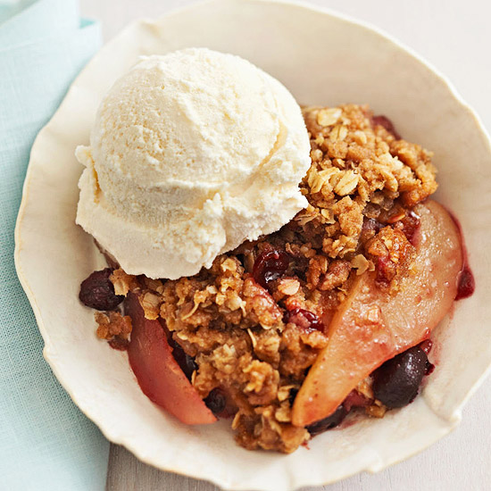 Slow-Cooker Fruit Crumble