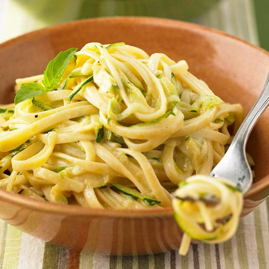 Creamy Linguine with Zucchini