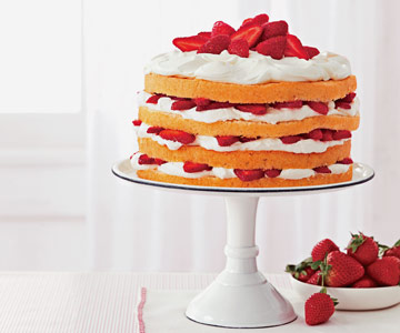 Berries 'N' Cream Cake