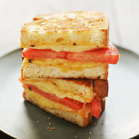 Grilled Cheese and Tomato with Chipotle Mayo
