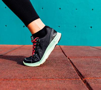 sm-foot-photo.jpg