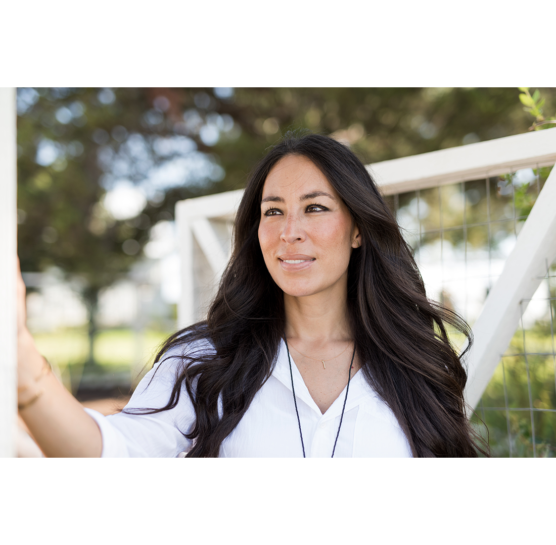 Joanna Gaines and MAGNOLIA PAINT BY KILZ