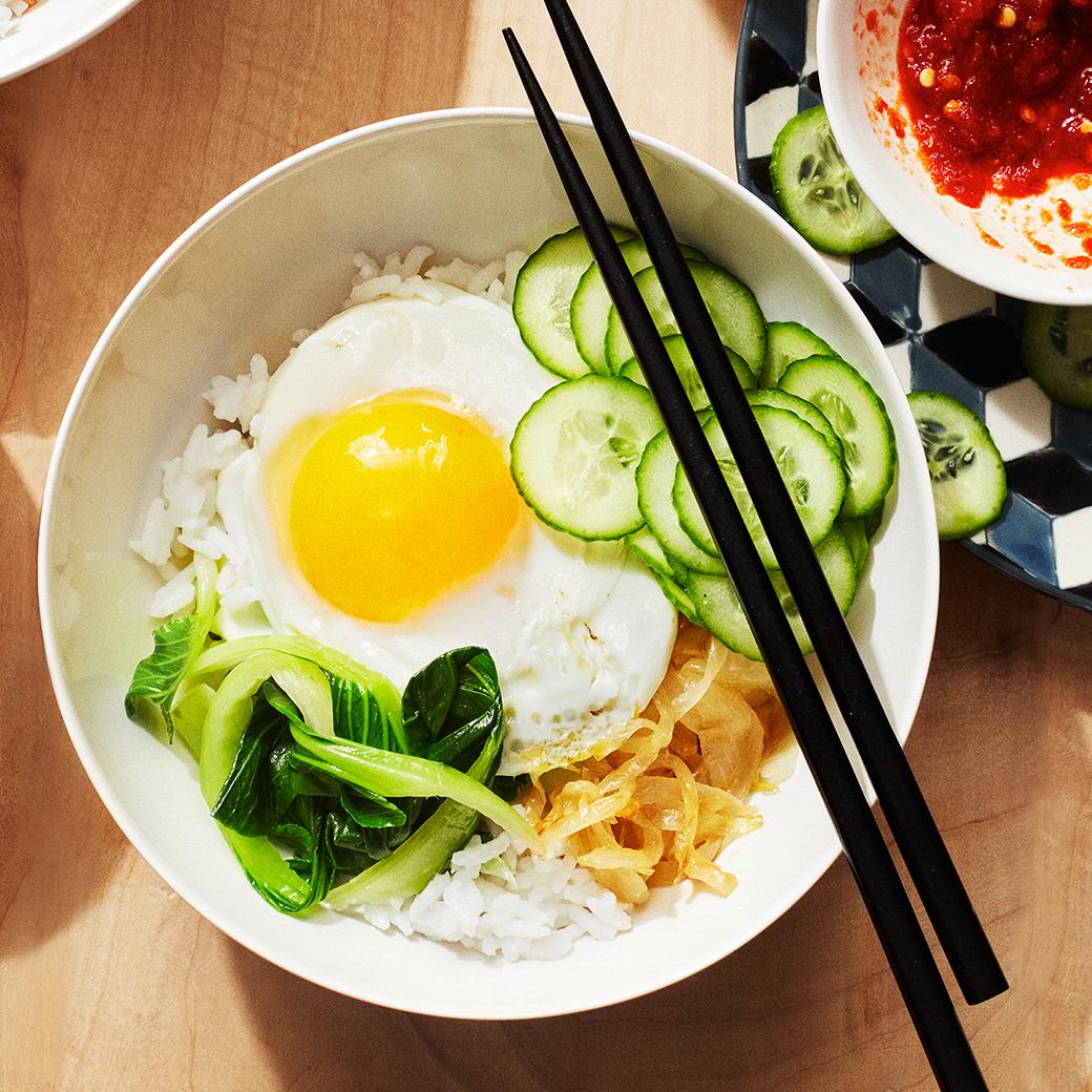 rice and veggie bowl chopsticks egg breakfast