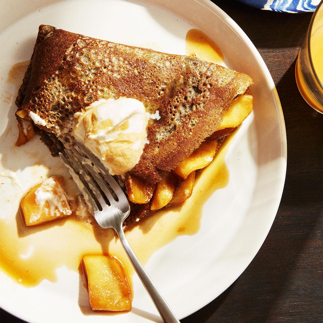 apple blini breakfast plate fork