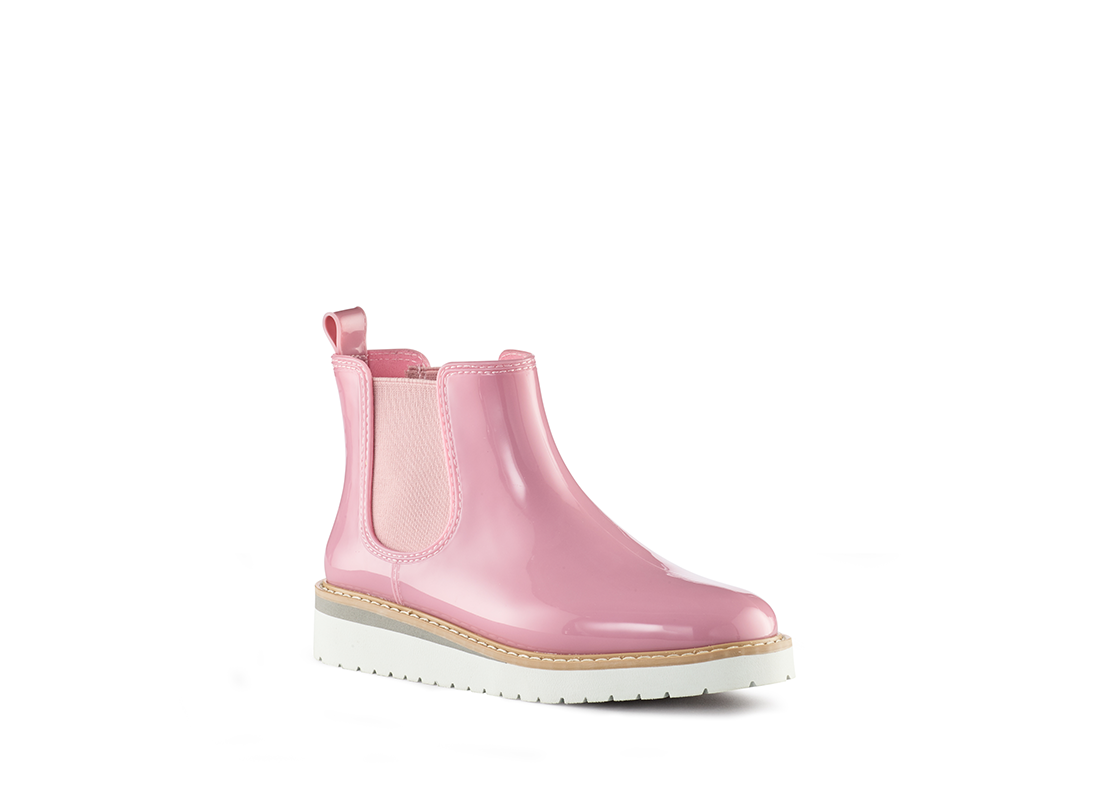 The Cutest Rain Boots and Umbrellas for Rainy Days