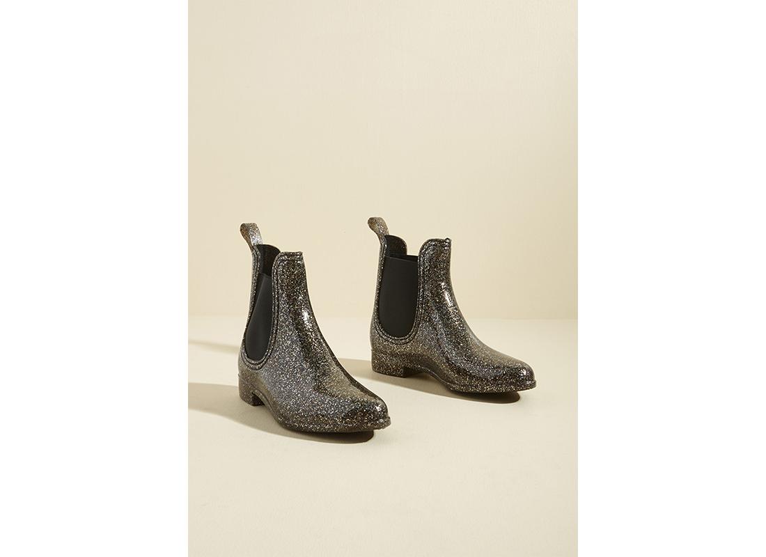 Modcloth rain boot rubber duck