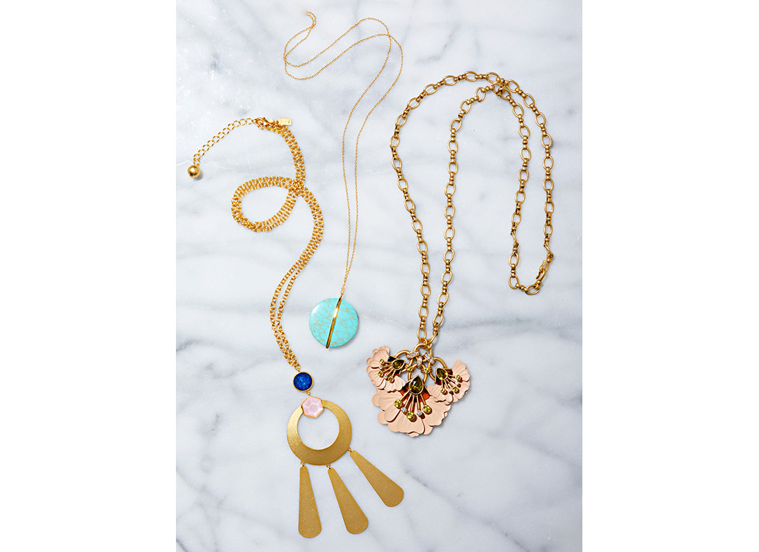 bold pendant necklaces