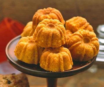 Peach Corn-Bread Muffins