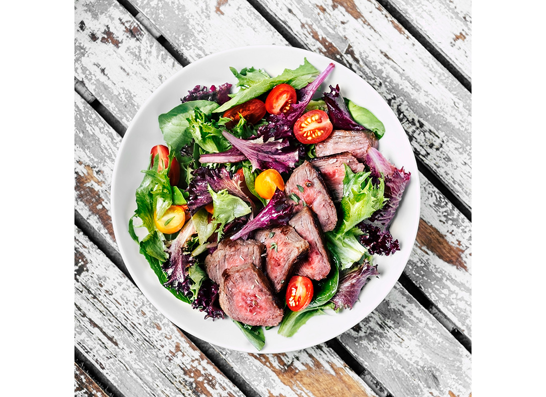 healthy salad with steak