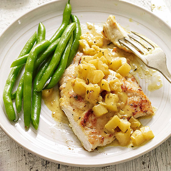 Turkey Medallions in Curried Apple-Shallot Sauce