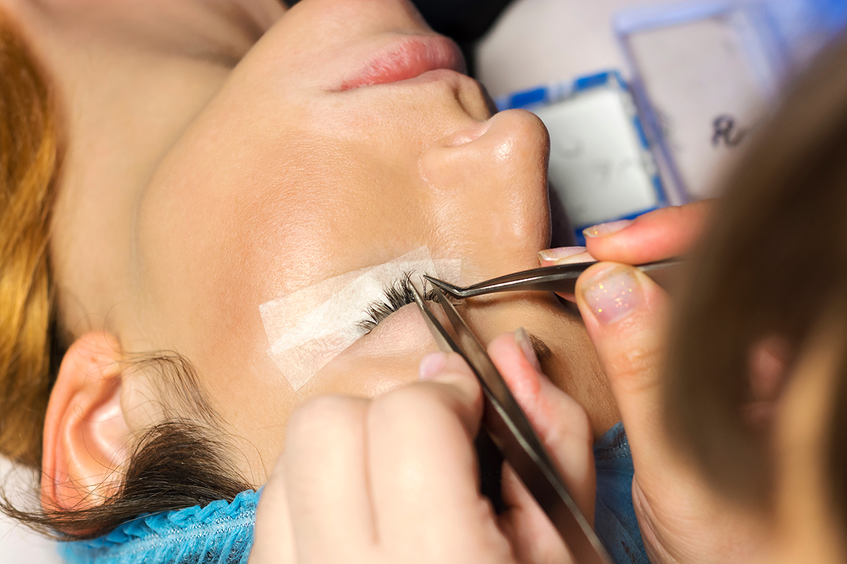 Eyelash Extensions vs. Lash Lift: Which One Should You Get?