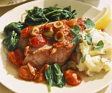 Tuna Steaks In Spicy Tomato Sauce With Mashed Potatoes