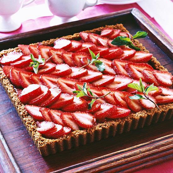 Ginger-Strawberry Tart