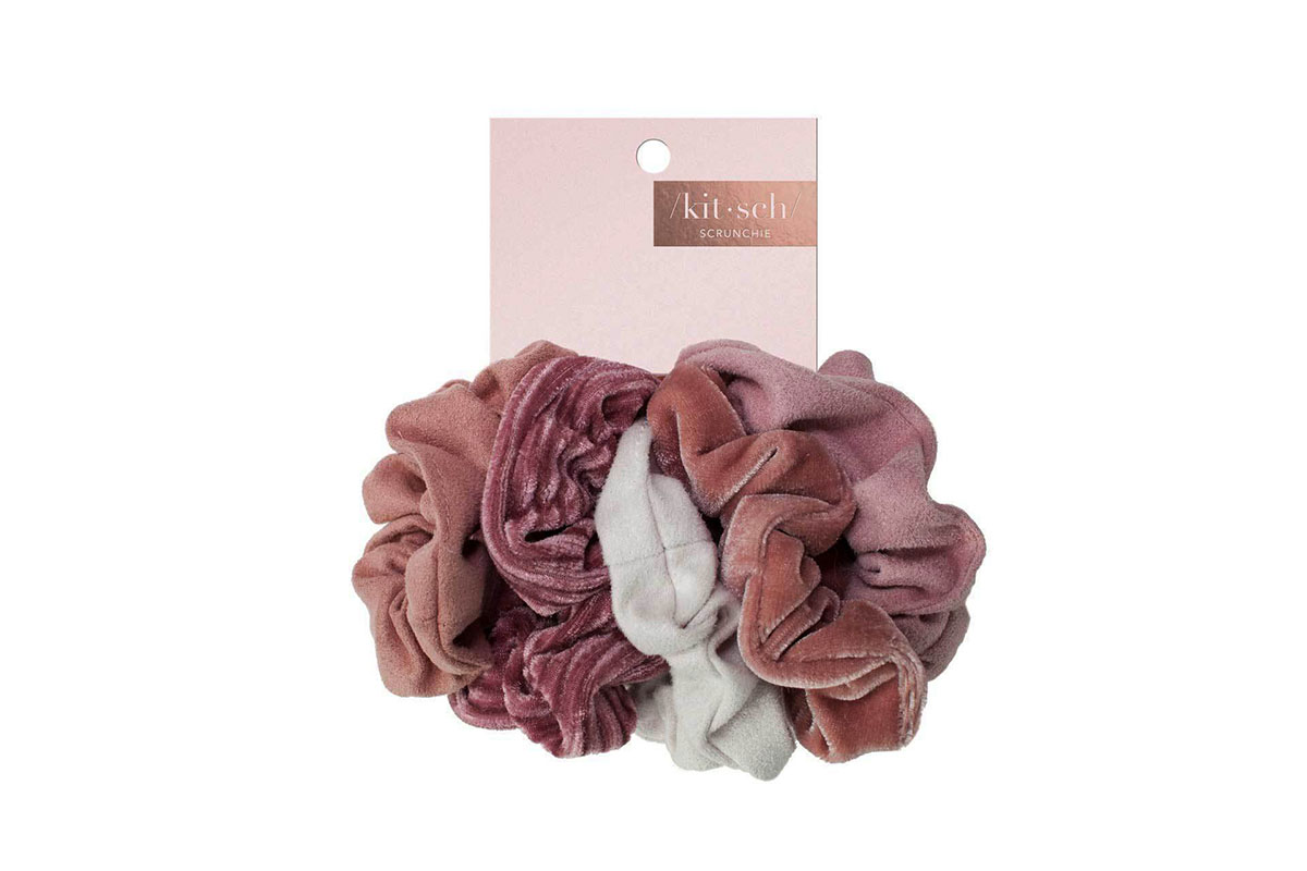 Kitsch Velvet Scrunchies in Blush/Mauve