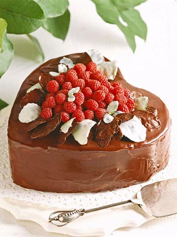 Mint-berry Burst Cake