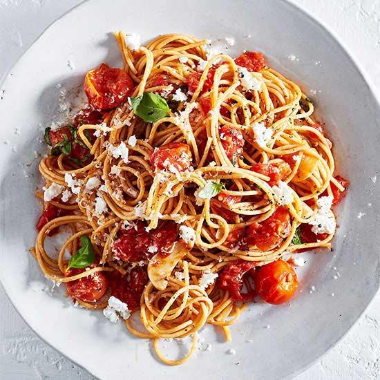 Whole Wheat Spaghetti with Roasted Tomato Sauce